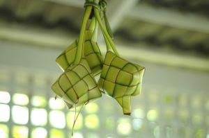 tradisi ketupat di indonesia