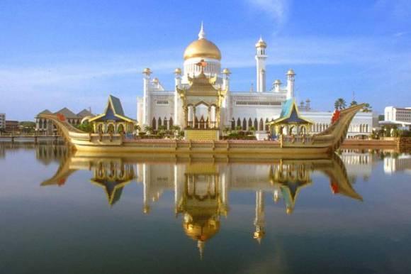 Masjid Omar Ali Saifuddin Brunei