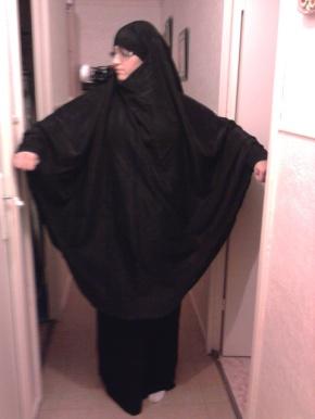 apa mitos jilbab dalam islam kristen dan yahudi